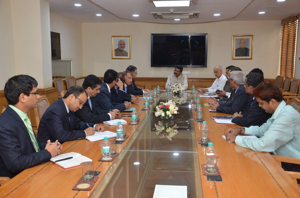MoS(I/C) PNG discussion with the Chairman & CEO, Total S.A.  at New Delhi on 1st Sept'17