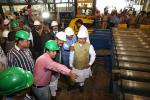 Hon'ble MoS(I/C) PNG with Hon'ble Steel and Mines Minister witnessing the production process at NALCO plants, Angul in Odisha on 08th Jan'16.