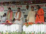 Hon'ble MoS(I/C) PNG along with Hon'ble Railway Minister at the inauguration of Khurdha-Begunia patch of rail line upto Bolangir at Begunia on July 16, 2015.