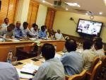 Hon'ble MoS(I/C) PNG Reviewed availability of petroleum products in country,esp in Uttarakhand, UP, MP,Rajasthan,Karnataka,Kerala & Punjab at New Delhi on 11th May'15