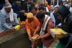 Hon'ble MoS(IC) PNG, laying the foundation stone of Indian Oil LPG Bottling plant at Gorakhpur along with the Hon'ble MP of Gorakhpur Mahanth Yogi Adityanathji on 09th Jan'15.
