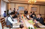 Hon'ble MoS(I/C) PNG discussing ways to strengthen cooperation(esp. in gas hydrates & LNG) with Hon'ble Japanese Minister of Economy, Trade and Industry at New Delhi on 30th Apr'15.