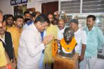 Hon'ble MoS(I/C) PNG paying Floral tributes to Lok Nayak Jayaprakash Narayan at Patna on 08th Oct'15