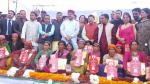 Hon'ble MoS(I/C) PNG addressed PMUjjwalaYojna at Nainbagh, Pantwadi in Tehri District of Uttarakhand on 27th Nov'16
