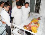 Hon'ble Health Minister and Hon'ble MoS(I/C) PNG visiting the patients shifted from fire affected SUM hospital, Bhubaneswar to Capital Hospital at Bhubaneswar on 19th Oct'16