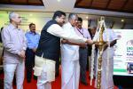 Hon'ble MoS(I/C) PNG with Hon. CM of Kerala during the flagging of test run of LNG bus at Thiruvananthapuram on 8th Nov'16