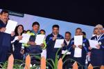 Union Minister of P&NG and SD&E administered the fuel conservation pledge at Indore on 21st Jan'18 during  SakshamCyclothon organised by PCRA & Indore cycling Association.