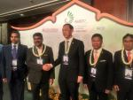Union Minister of P&NG and SD&E with Energy Minister of Thailand at 7th Asian Ministerial Energy Roundtable of IEF at Bangkok on 1st Nov'17.