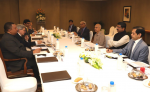 Union Minister of P&NG and SD&E attended a meeting with Global Oil & Gas Leaders under the Chairmanship of Prime Minister organized by NITI Aayog at New Delhi on 9th Oct'17