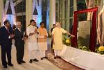 Prime Minister paying inaugurating ONGC Deendayal Urja Bhawan at New Delhi on 25th Sept'17. Union Minister of P&NG and SD&E and MoS(I/C) for Power and NRE were also present