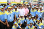 Hon'ble MoS(I/C) PNG interacted with staff members during inauguration of SAFAL outlet at BPCL Petrol Pump, Unit - I Market, Bhubaneswar on 03rd Jul'17