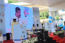 Hon'ble MoS(I/C) PNG addressing the awareness campaign on CashlessTransactions in Trivandrum, Kerala on 30th Dec'16