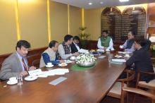 Hon'ble MoS(I/C) PNG deliberating on some key issues pertaining to oil & gas production & smooth availability of petroleum products with the Hon'ble Chief Minister of Mizoram at New Delhi on 23rd Feb'16.